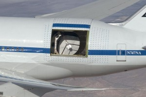 800px-SOFIA_with_open_telescope_doors