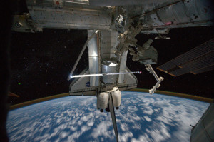 atlantis-iss-docked-robotic-arm